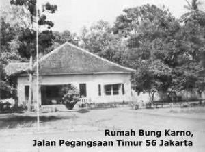 RUMAH BUNG KARNO di Jl. Pegangsaan Timur 56 yang dibelikan oleh Faradj Martak